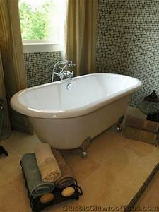Clawfoot Tub On A Raised Platform Always Wanted One Of