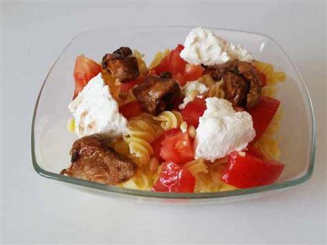 salade de pates poulet recettes de salade de p 226 tes et poulet