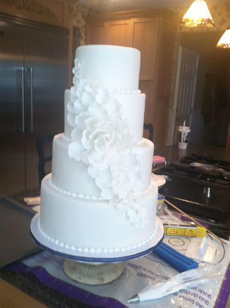 cascading petal white wedding cake    wedding