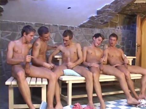 5 Jungs Wichsen Und Spritzen Gemeinsam Big Cock Porn 20 De