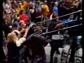 Eddie Vedder Stage Dive - eddie vedder jumps from tv mast into the crowd