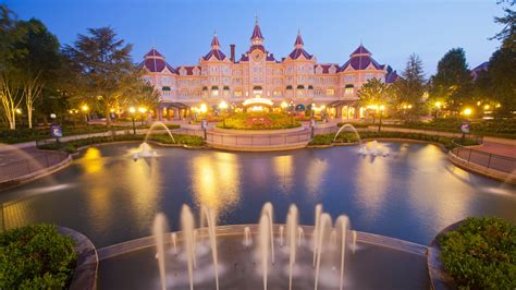wallpaper disneyland hotel paris france europe fountain  architecture
