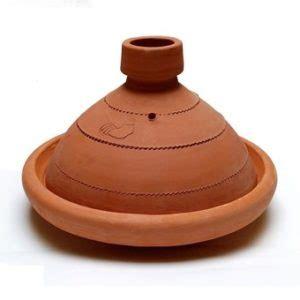 cuisiner avec un tajine en terre cuite plat tajine terre cuite