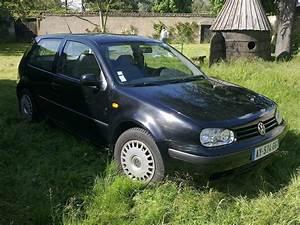 Golf 4 Noir : golf 4 1 6sr basis noir garage des golf iv 1 6 1 6 16v forum volkswagen golf iv ~ Gottalentnigeria.com Avis de Voitures