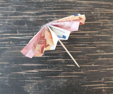 geldscheine falten koffer geldgeschenk basteln f 252 r reisen und urlaub auf geschenke de