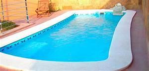 Coque Piscine Espagne : piscine coque autoporteuse libra 620 avec bloc filtrant ~ Melissatoandfro.com Idées de Décoration