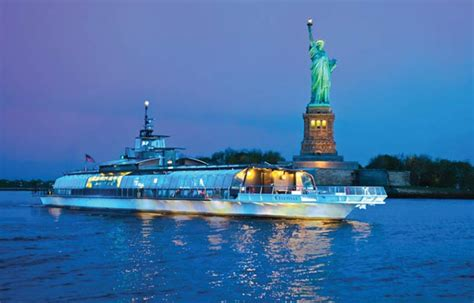 Music Boat Cruise Nyc by Choosing The Best Nyc Harbor Cruise Or Boat Tour For Your
