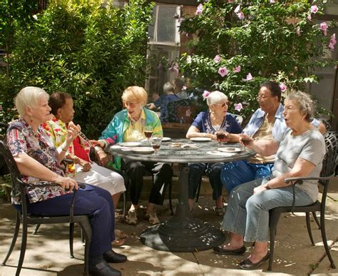 When To Move To A Senior Living Community