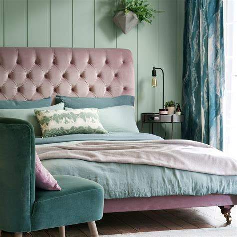 pink  green room ideas retrogamersstore