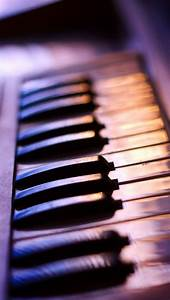 Playing the piano iPhone 5 wallpapers | Top iPhone 5 ...