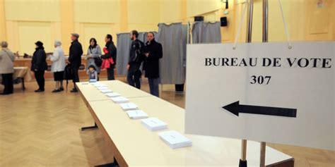 bureau de vote strasbourg polémique sur le voile une qui cache une
