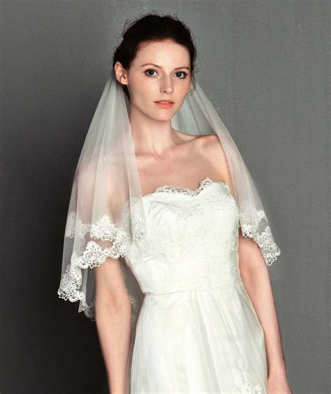 Wedding 2 Layer Veil With Lace Short Tulle Bridal Hair