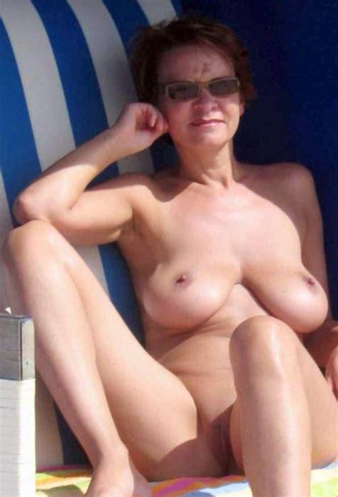 Tumbex Hot Older Milf Vids