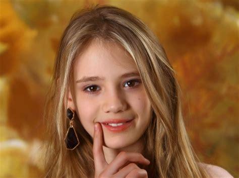elona cute blonde girl candydoll models female people