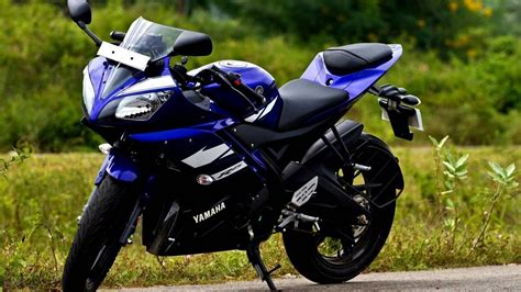 Yamaha R25 Backgrounds by Yamaha Yzf R15 Hd Wallpaper Background Image 1920x1080