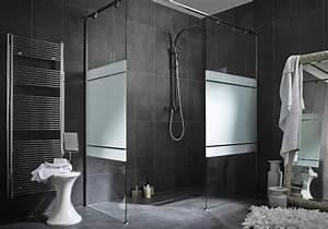 15 salles de bains grises elle decoration for Salle de bain gris fonce