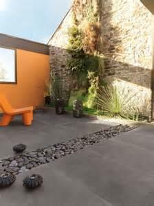 Carrelage En Naturelle Pour Exterieur by Terrasse Carrelages Et Dallages Pour L Ext 233 Rieur Terrasse