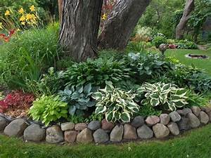 crisp color under tree round idee deco jardin With moulin a vent decoration jardin 12 decoration jardin en objets de recuperation en 31 idees