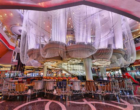 renovated chandelier debuts at the cosmopolitan las