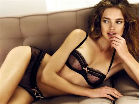 natalia vodianova lingeri wallpapers natalia vodianova
