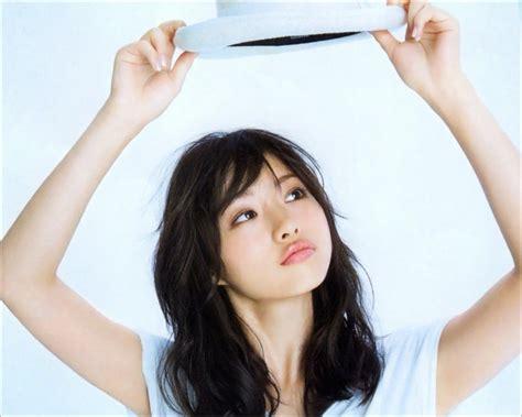 Nao Kanzaki And A Few Friends Satomi Ishihara November