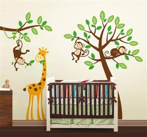 exclusive muursticker boom met aapjes en giraffe