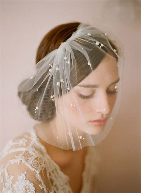 1000 Ideas About Vintage Wedding Hats On Pinterest