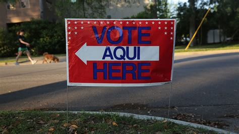 2020: Early Hispanic voters could get candidates ...