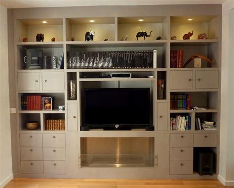 fabriquer plan de travail cuisine bibliothèque avec tv et cheminée intégrée et bibliothèque
