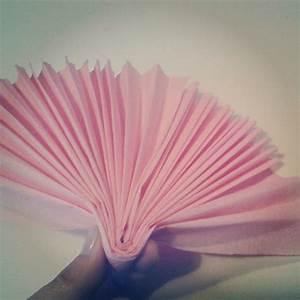 Comment Faire Des Roses En Papier : fleurs en papier crepon tutoriel ~ Melissatoandfro.com Idées de Décoration