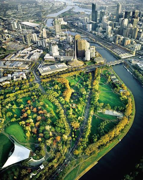 Melbourne to Glow Green for Ecocity World Summit 2017