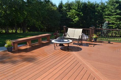 Top Decks 2016 by 4 Top Deck Trends For 2016 Philip S Fences