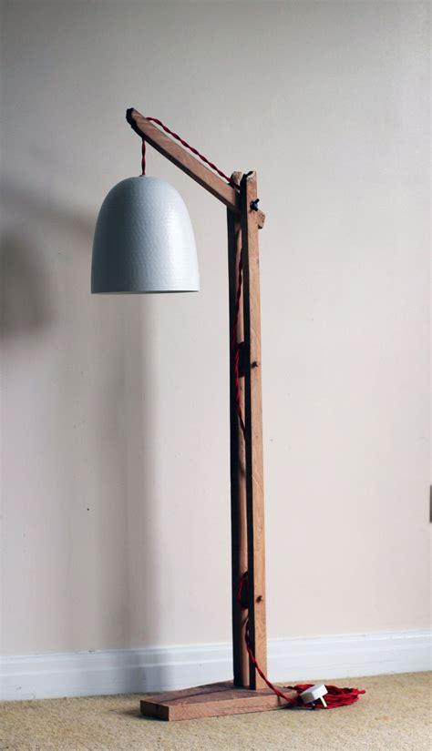 details  vintage wooden stand lampfloor lamp