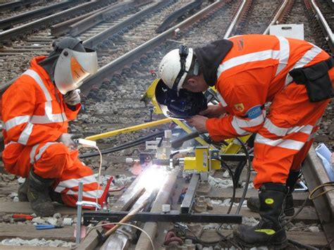network rail cuts contractor list