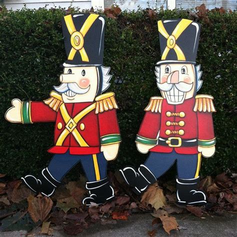 christmas soldier steps to drawyard sign walking nutcrackers set of 2 by huttonfoxart on etsy soldiers nutcrackers