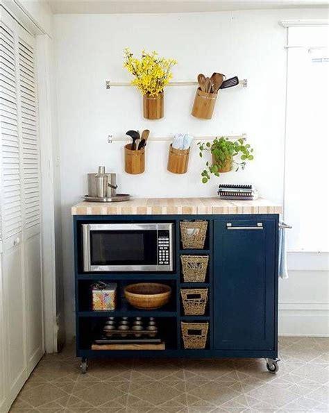 clever kitchen storage ideas best 25 small apartment kitchen ideas on