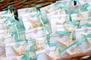 Beach wedding decorations ideas for a beach themed wedding for Beach themed wedding favors