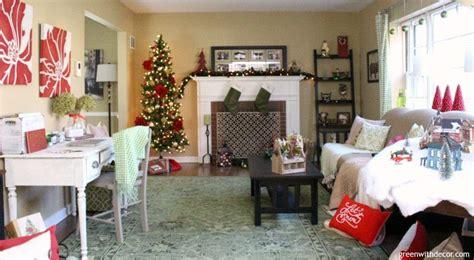 decorating  living room  christmas   budget