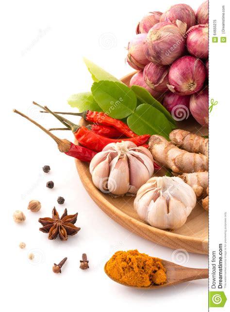 herbe de cuisine ingrédient d 39 herbe de cuisine thaïlandaise traditionnelle