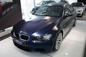 Forum Auto Bmw : frozen dark blue e92 m3 competition on display at dealership ~ Medecine-chirurgie-esthetiques.com Avis de Voitures