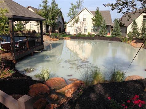 stopping pond leaks  bentonite clay platinum ponds