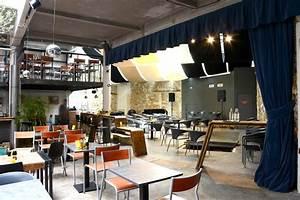 Gazette Café Montpellier : le gazette caf se pare d un crin de velours sur mesure esl ~ Farleysfitness.com Idées de Décoration