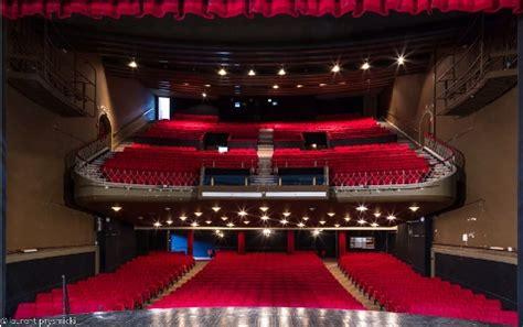 cuisine expo a vendre théâtre moderne arts et voyages