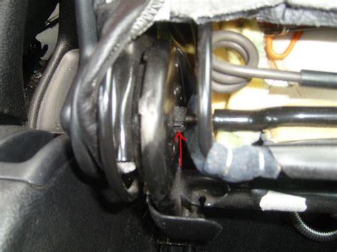 peut on mettre 3 siege auto dans une voiture 206 dossier du siège et manettes bloqués 206 peugeot