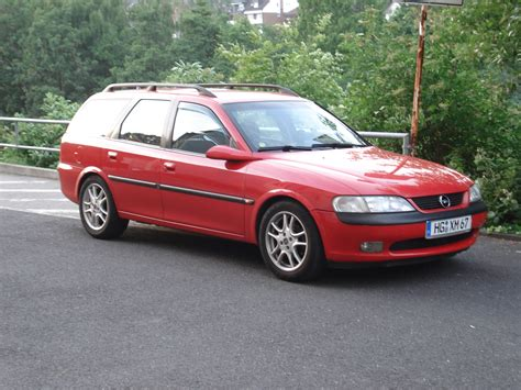 opel vectra b 1997 opel vectra b caravan pictures information and