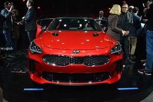 Nouvelle Kia Stinger Prix : kia stinger 2018 voiture de r ve devenu r alit luxury car magazine ~ Medecine-chirurgie-esthetiques.com Avis de Voitures