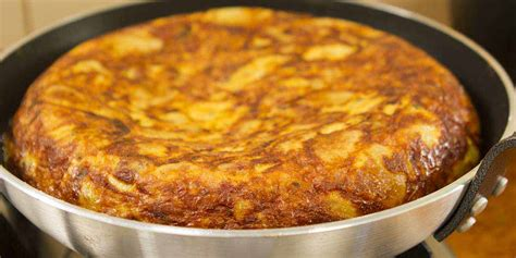 spanish omelette  ingredients easy meals  video