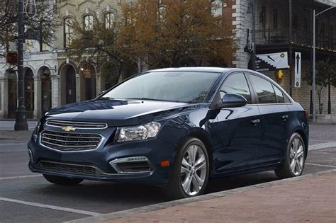 2015 Chevy Cruze Lt Review by 2015 Chevrolet Cruze New Car Review Autotrader