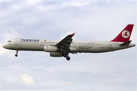 turkish airlines tc jrd airbus a321 231 29 10 2011 bru br 252 ssel belgium flugzeug bild de