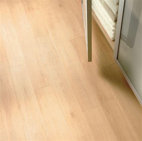 warm maple commercial lvt flooring from the amtico spacia